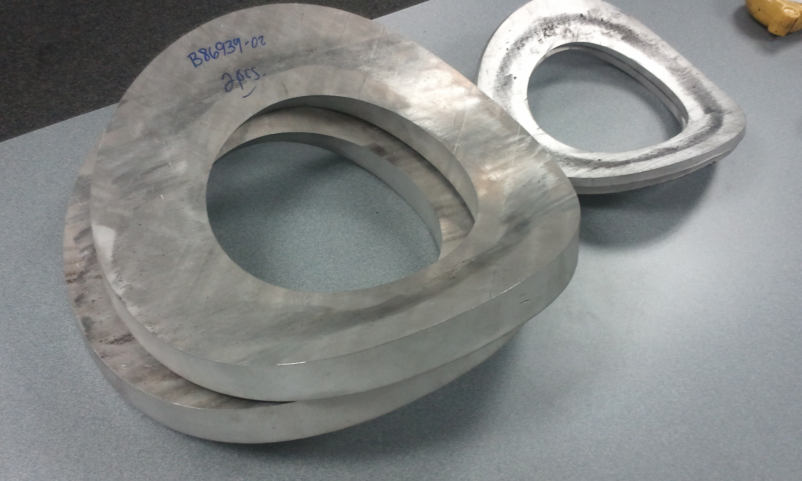 Aluminum bending for process piping round tube