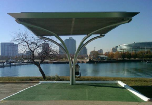 """""""Solar Plug"""" installed at Chicago's Northerly Island"""